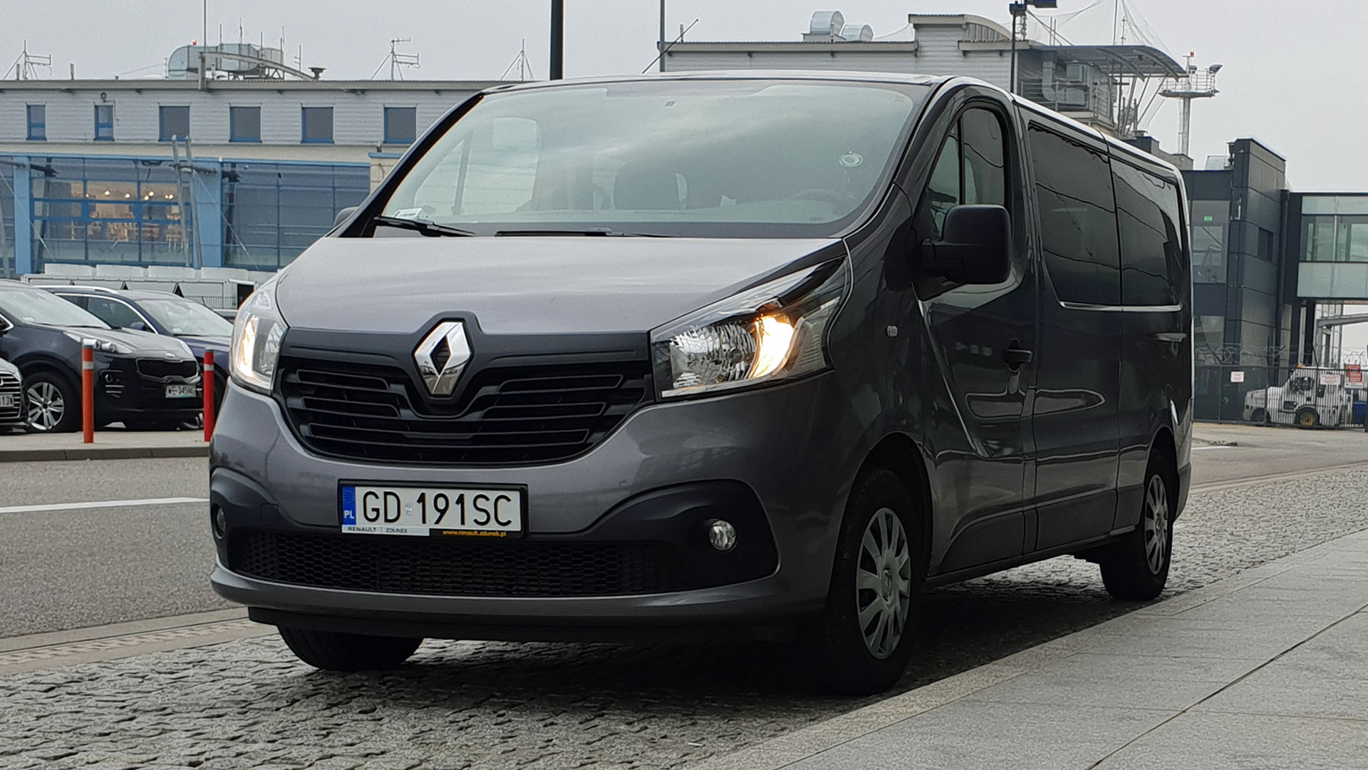 Renault Trafic (8+1)